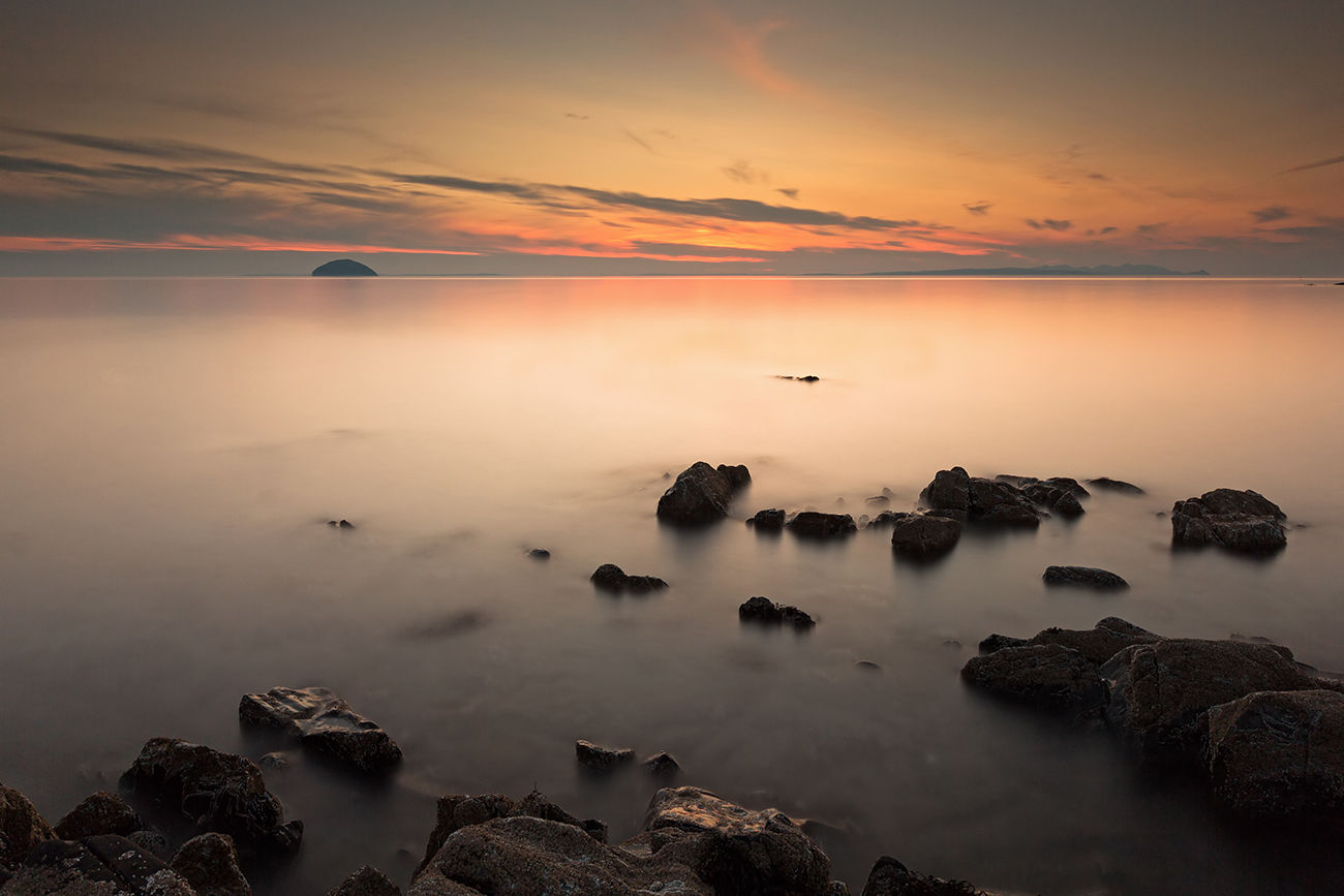 "Ayrshire Coast Sunset<br><a href=""http://shop.photo4me.com/picture.aspx?id=419577&f=canvas""><FONT COLOR=""f59042"">Buy Print or Canvas</FONT><a/> <a href=""http://shop.photo4me.com/picture.aspx?id=419577&f=canvas""><img src=""http://www.photoscotland.net/captionpic/p4me.jpg"" ><a/>"